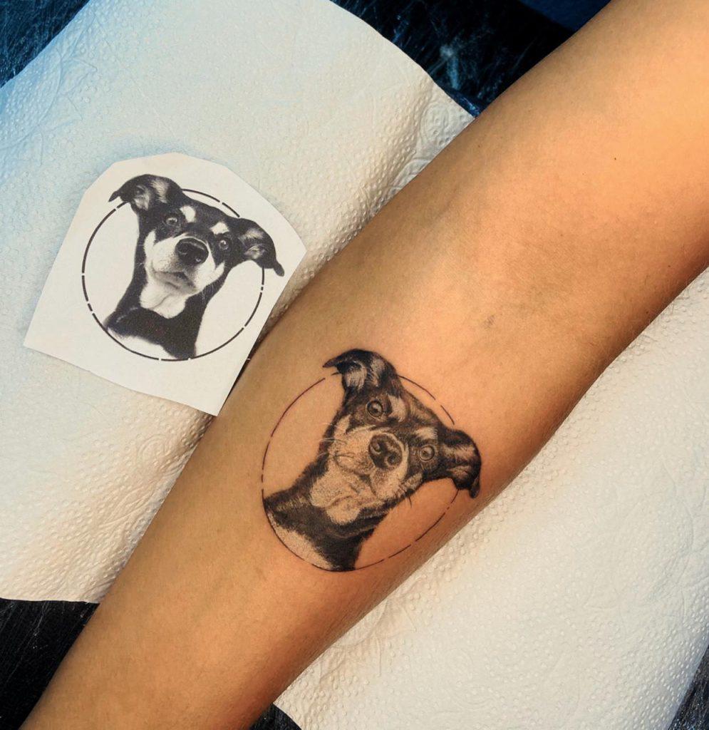 Foto de tatuagem feita por Larissa Laís (@laristapias)