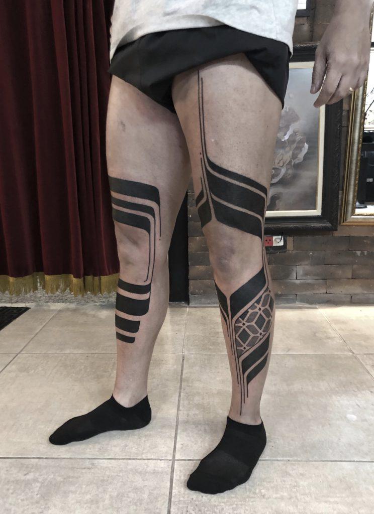 Foto de tatuagem feita por AugustoF (@pontilhismotattoo)