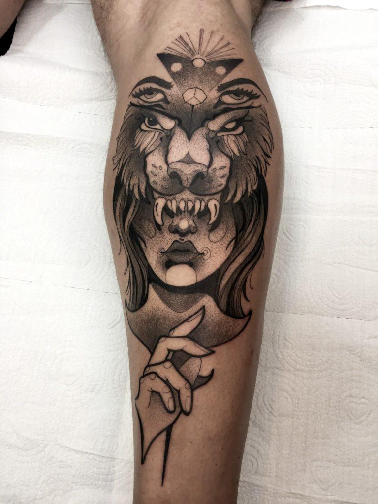 Foto de tatuagem feita por Stenio Peres (@steniotattoo)