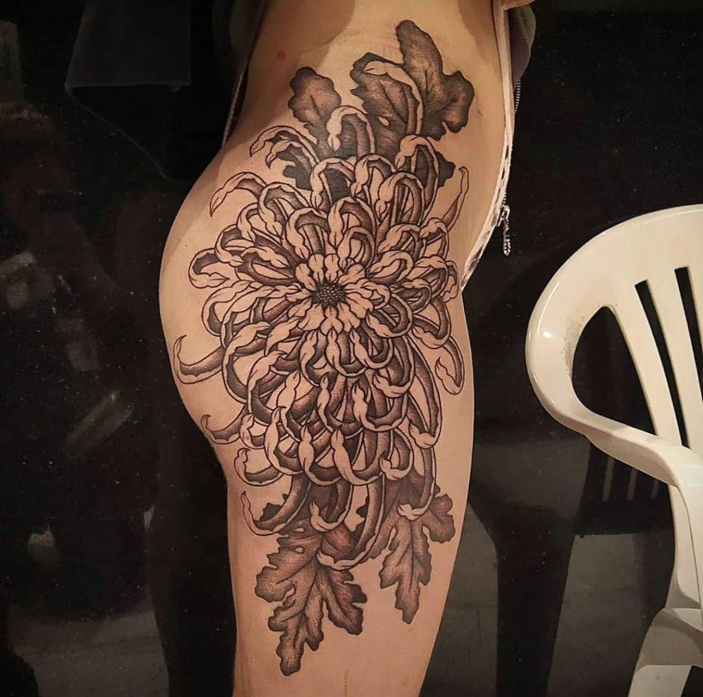 Foto de tatuagem feita por Gabi Moraes (@hbimoraestattoo)