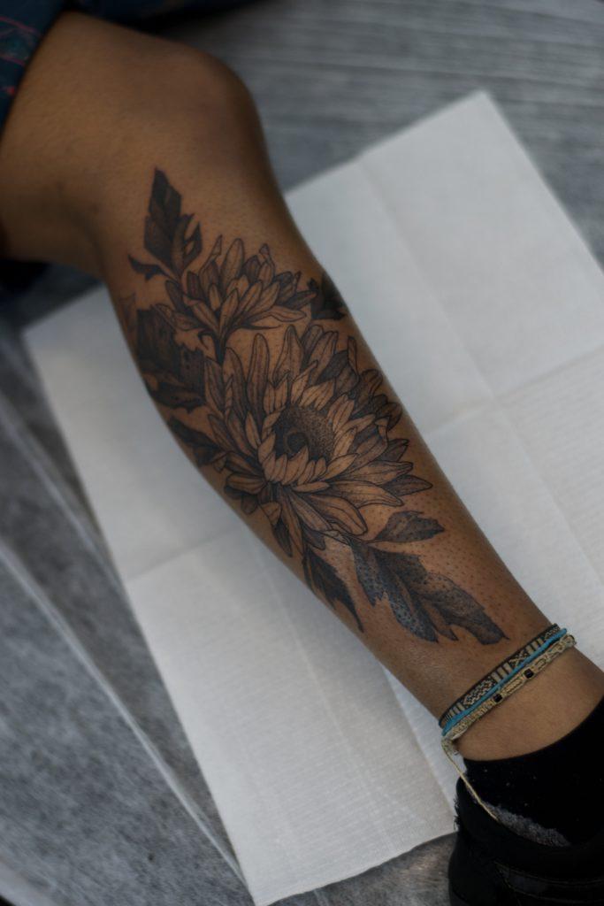 Foto de tatuagem feita por Yam Vitor (@yam.vitor)