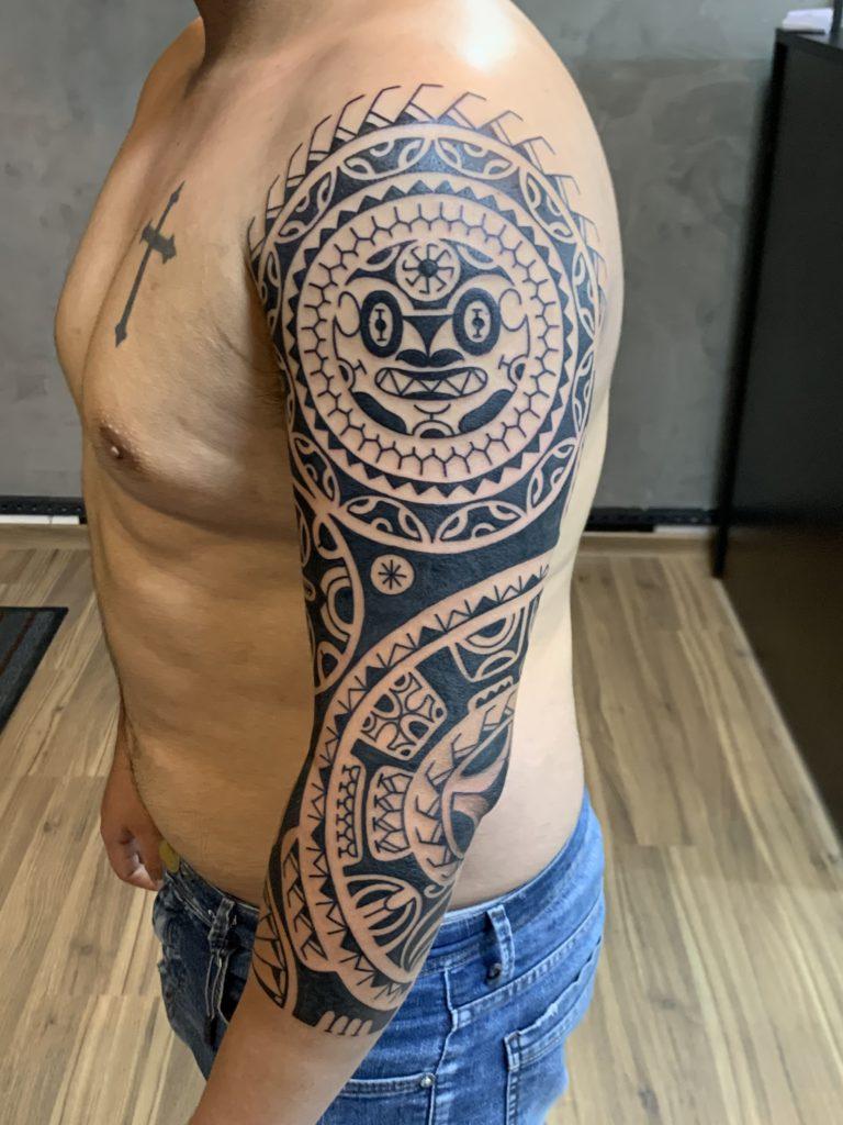 Foto de tatuagem feita por Almiro Sousa (@almirosousatattoo)