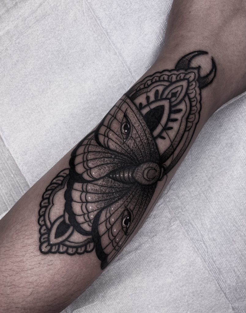 Foto de tatuagem feita por Lucas Lutalo (@lucaslutalo)