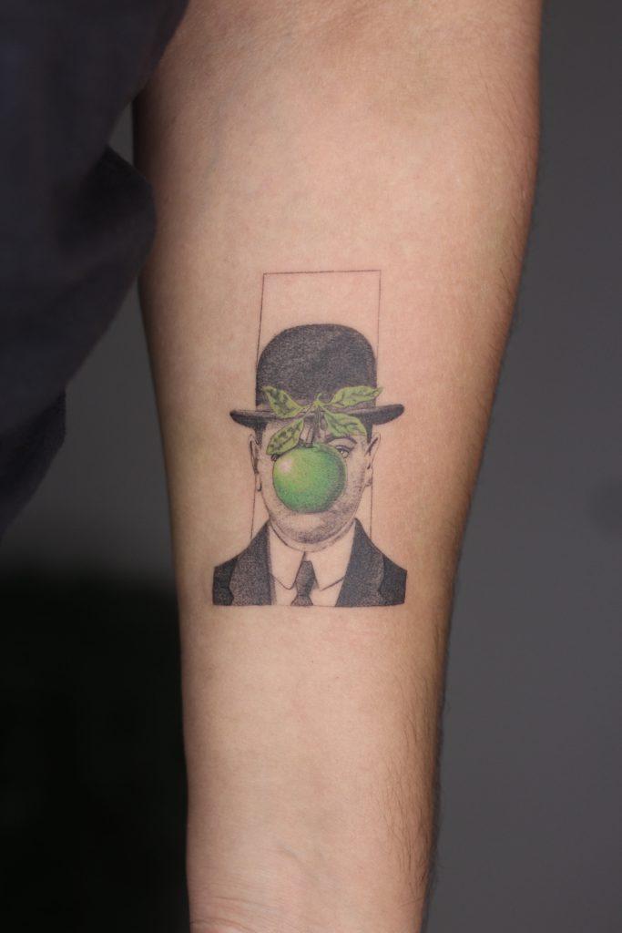 Foto de tatuagem feita por Hávila Vienna (@havilavienna)