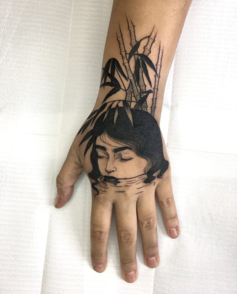 Foto de tatuagem feita por Mari Dagli (@maridagli.tattoo)