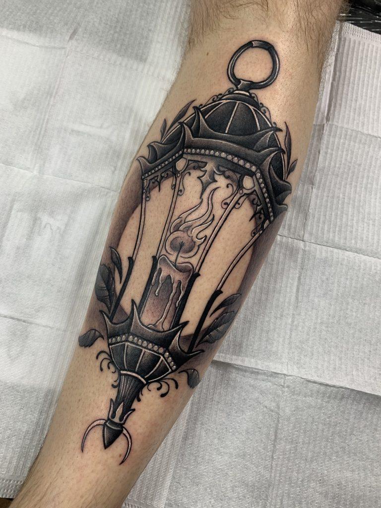 Foto de tatuagem feita por Luiz Ramaciotti (@luizramaciotti)