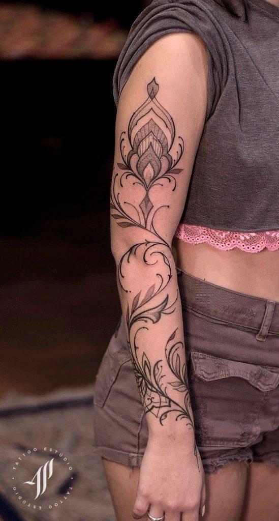 Foto de tatuagem feita por Alessandro Pikeno (@alessandropikeno)