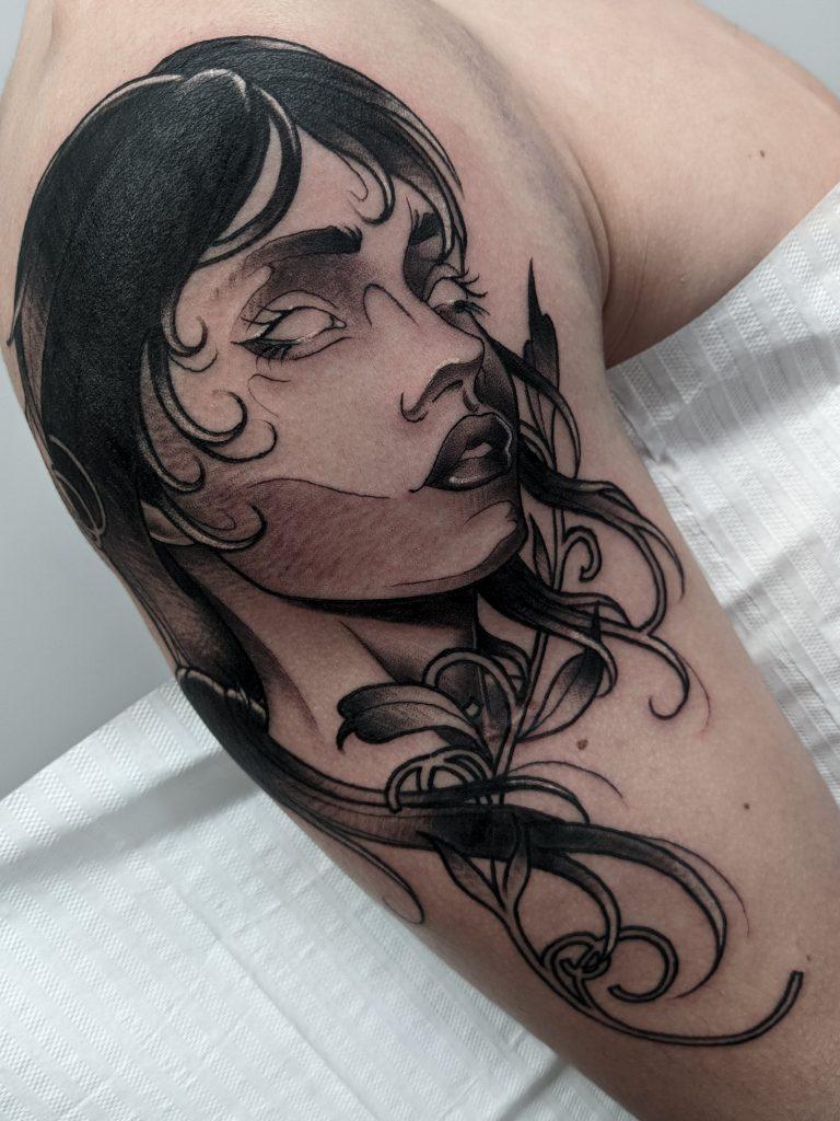 Foto de tatuagem feita por Diego Moura (@mouraa.art)