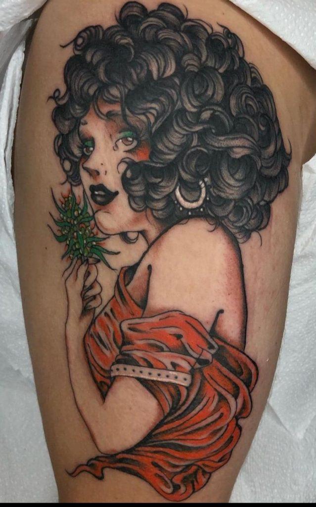 Foto de tatuagem feita por Caroline Dinola (@caroline.dinola)