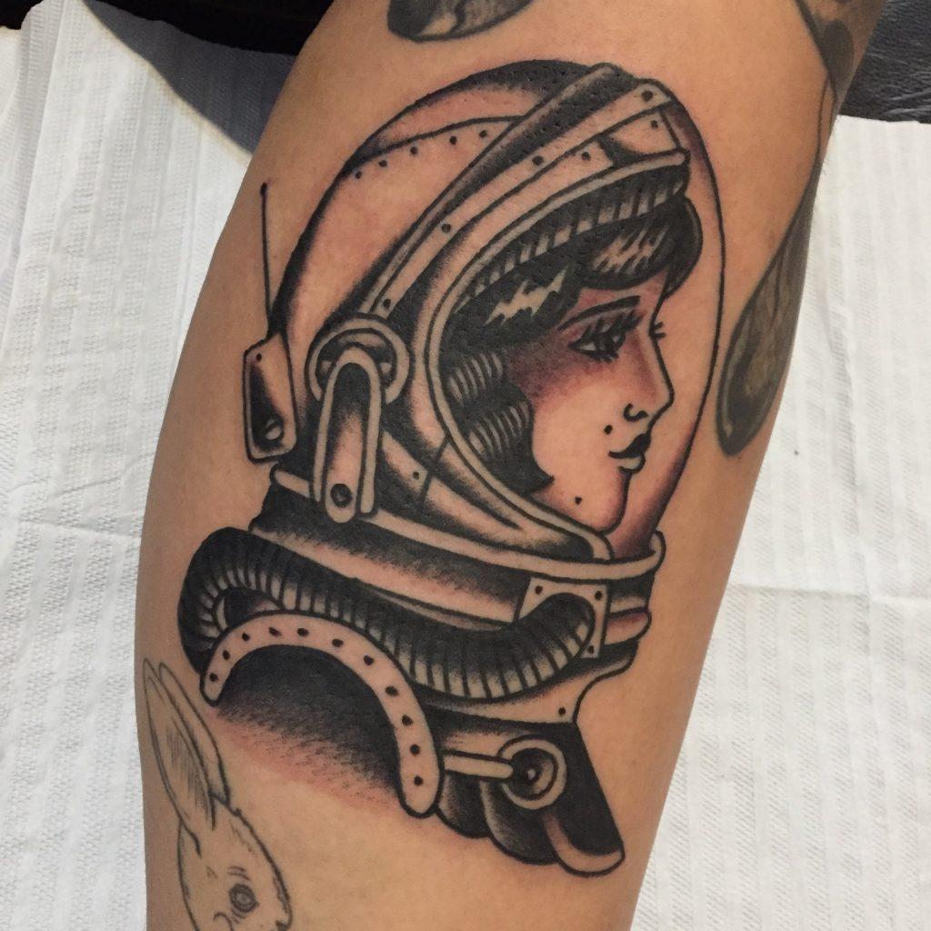 Foto de tatuagem feita por Gabriel Parker (@parkertattooer)