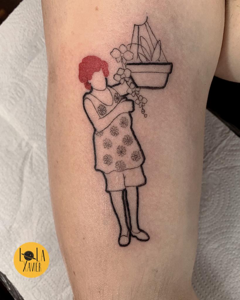 Foto de tatuagem feita por Lola Xavier (@lolaxavierj)