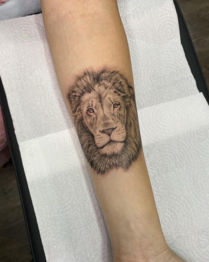 Foto de tatuagem feita por Clara Oga (@ogaclara)