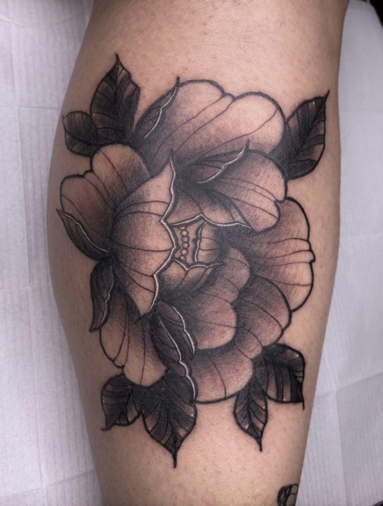 Foto de tatuagem feita por Amanda Pelhs (@pelhstattoo)
