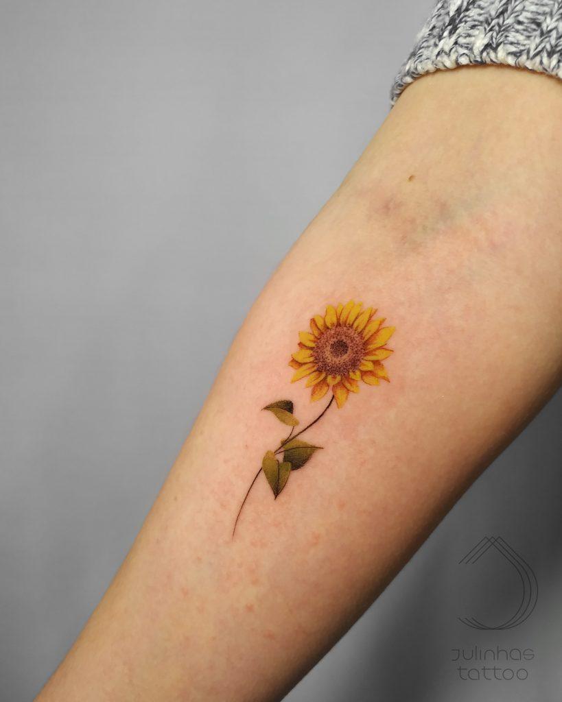 Foto de tatuagem feita por Ju Linhas (@ju.linhas)